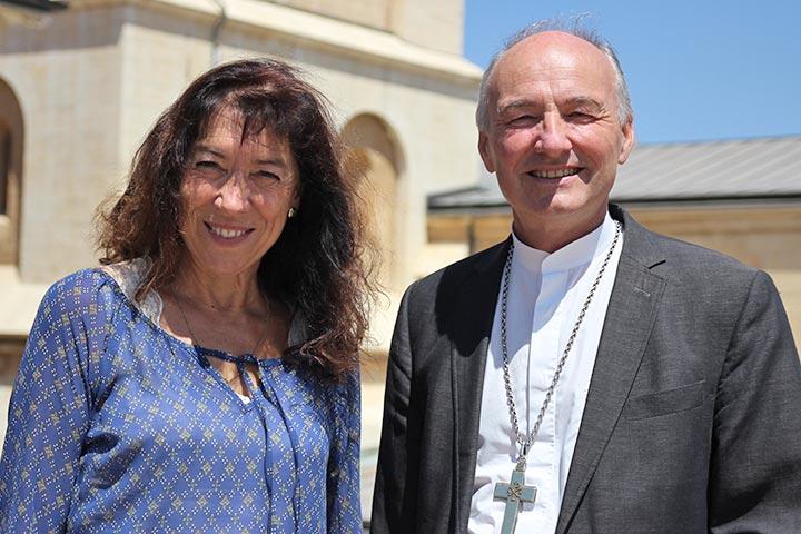 Propst Wolfgang Schmidt mit Anette Pflanz-Schmidt