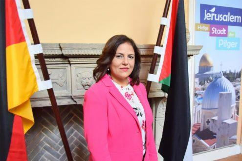 Botschafterin Khouloud Daibes in der palästinensischen Mission